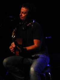 rob-dickinson-live-3.jpg